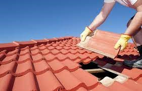 Reasons why you Should Hire a Roofing Contractor