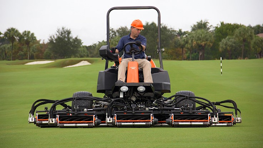 5 Remarkable Qualities Of Branded Golf Course Mowers